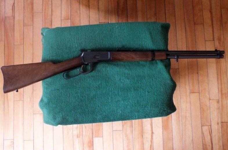 Browning Model 92 in 44 Magnum lever action Rifle